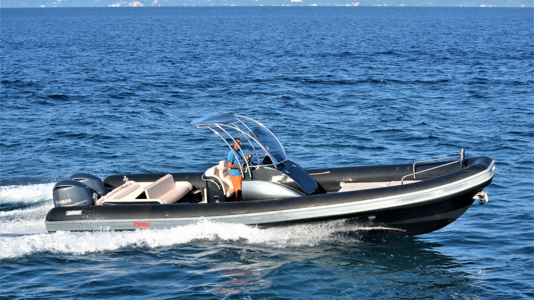 Esmeralda | 2 x 350 HP Luxury RIB