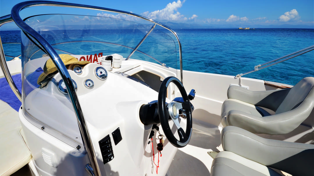 Faethon | 150 HP Sport Deluxe Boat